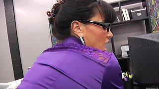 She Boss Lisa Ann HD