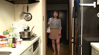 Yui Hatano as Boss Wife Night Crawling