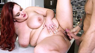 Super horny red haired SSBBW Alexa Grey loves riding sloppy cock
