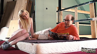 Young wife pleases her sugar daddy with her perfect pussy