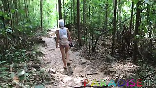 Vacation GF's sex adventure in Thailand and that cutie just loves to fuck