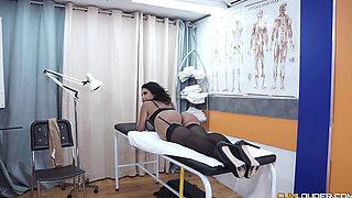 kesha ortega fucks her doctor nick moreno