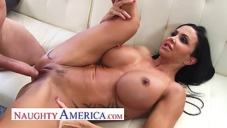 Naughty America Jewels Jade gets creampied by the baker and his big creaming cock