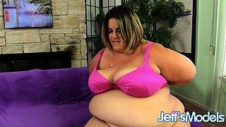 SSBBW Erin Green Takes a Hard Pounding