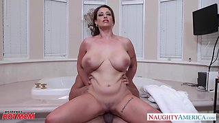 Shameless MILF with some meat on her bones Eva Notty is pounded