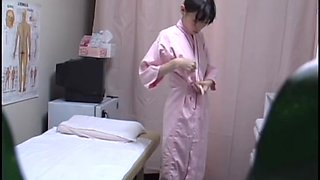 Big-boobed Japanese girl loves spending time with her masseur