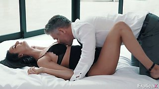 Gorgeous young secretary Eliza Ibarra is making love with her elder boss