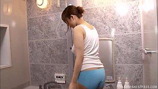 Erotic bathroom experience with curvy Japanese babe Ayana Rina