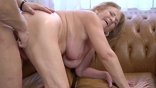 Granny gets a good fucking and a hot facial cumshot