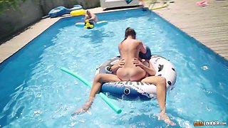 Cassie Fire has a blast during a foursome with three fellows