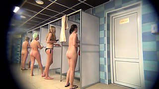 Public shower voyeur captures attractive amateur ladies