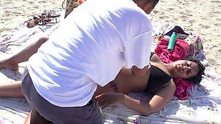 NRI Women Nipple Slip While Get Massage
