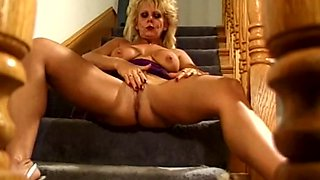 Happy Housewife With Moist Pussy Toy To arouse Her Pussy