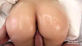 Morning Sex with New Roommate – She likes waking up to hard cock