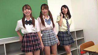 Three Sexy Japanese Schoolgirls upskirt