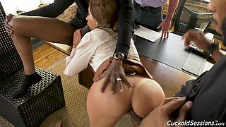 Cheating busty MILF Richelle Ryan lets cuckold watch her fucking with black studs