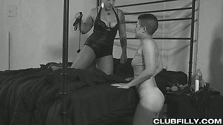 Alternative lesbian whore Mistress Kara uses strapon to fuck wet pussy