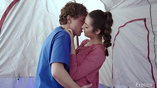Aroused BF cannot stop fucking soaking and hungry pussy of Lily Adams